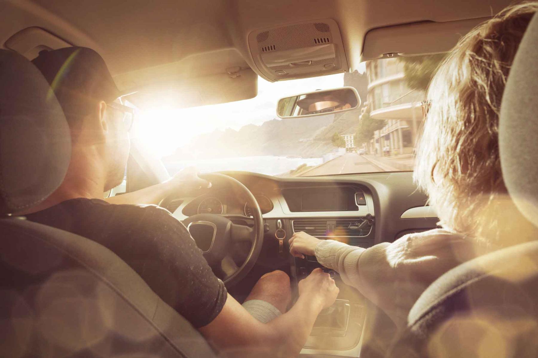 Traumwagen gesucht? Im Auto-Abo bei ViveLaCar fährst Du Deinen Traumwagen.